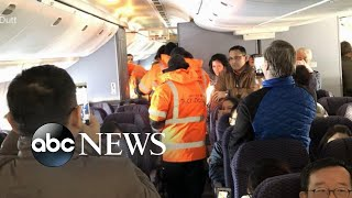 Airline passengers trapped on tarmac for 16 hours - ABCNEWS