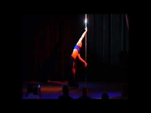 Видео Pole dance. Отчетный концерт танца на пилоне 20.01.2013 года в клубе Олимпия. Евгения Иванова, руководитель Ольга Тен.