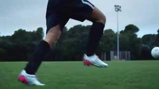 فيديو وصور | حذاء «فيلوسيتا».. الأخف وزناً والأنسب للاعبي كرة القدم