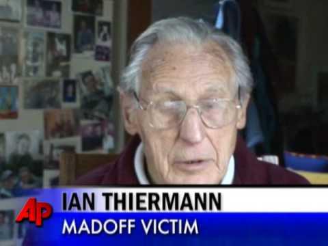 90 letnia ofiara oszusta po utracie oszczędności musiała wrócić do pracy. Ale Amerykanie poradzili sobie z problemem