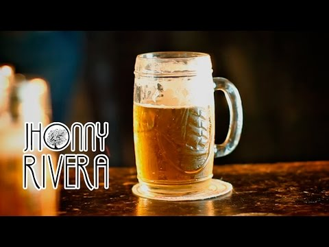 JHONNY RIVERA - POR UNA CERVEZA (Video Oficial)