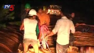 TV5 Great Coverage Report on Hudhud Cyclone : TV5 News - TV5NEWSCHANNEL