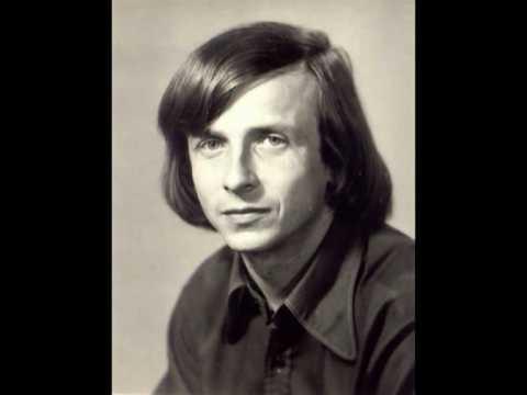 O Różanie śpiewał w latach 70-tych Jan Krzysztof Kelus. Ciekawe, co by zaśpiewał dziś?