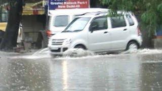 Unseasonal rain lashes North India - NDTV