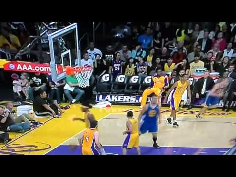 Lakers-Golden State Warriors: Incredible assist by Stephen Curry.