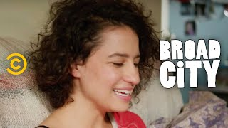 Broad City - Sounds of the City - Season 2 Pt. 2 - COMEDYCENTRAL