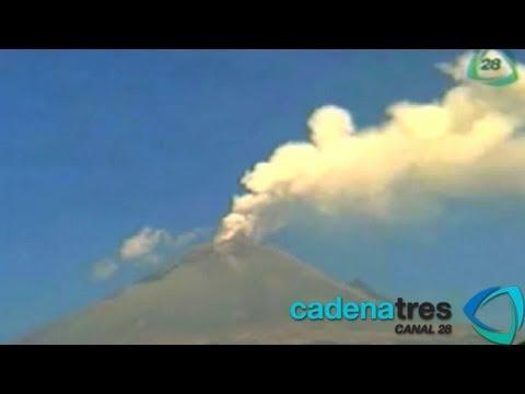 Popocatépetl expulsa fragmentos incandescentes; instalan puesto de mando en Paso de Cortés