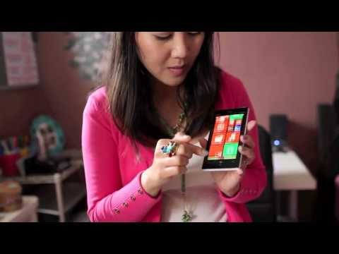 White Nokia Lumia 928 Unboxing