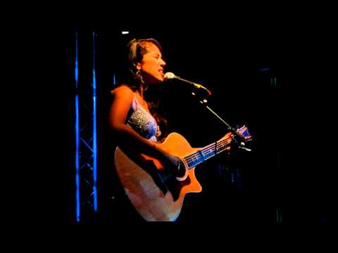 Kina Grannis 14.10.11 - World In Front Of Me (Live in Berlin)