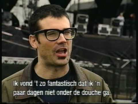 Descendents - Coolidge / Everything Sucks [Live Pinkpop 1997]