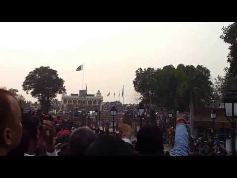 The Mutthi Video - At Wagah Border