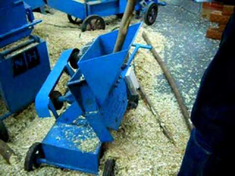 เครื่องสับไม้ Wood Chipper รุ่น BonKom