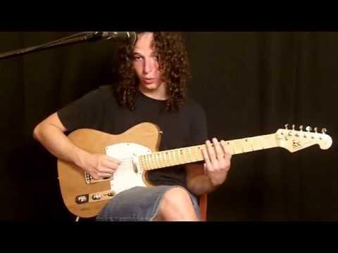 Posicion del Cuerpo y de las Manos al Tocar la Guitarra - Parte I
