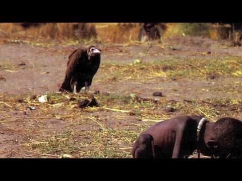 Pamiętacie to zdjęcie Kevina Cartera? Przeanalizujcie każdy element przejmującego kadru, który stworzył legendarny fotoreporter.