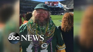 Packers superfan fights to wear his gear in Chicago's Soldier Field - ABCNEWS
