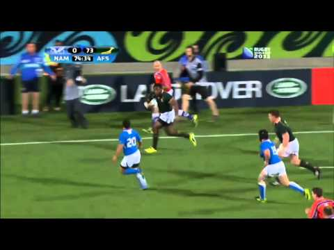 "Tendai ""The Beast"" Mtawarira charge RWC11"