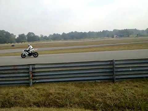 SBK Autodromo El Pinar 2012 Motos 600 y 1000 centimetros