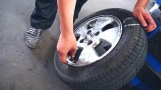 Как ремонтируют порез шины методом горячей вулканизации (в неремонтной зоне колеса) на шиномонтаже