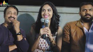 Pelli Choopulu Team Visits Hyderabad Theatres | Vijay Devarakonda, Ritu Varma | Sri Balaji Video - SRIBALAJIMOVIES