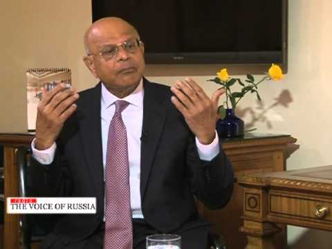 Natwar Gandhi, CFO of USA's Distt. of Colombia in an interview with Vickram Bahl