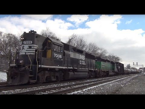 NS GP50 Ex HLCX SD40-2 on train 323 at Runnion Ave