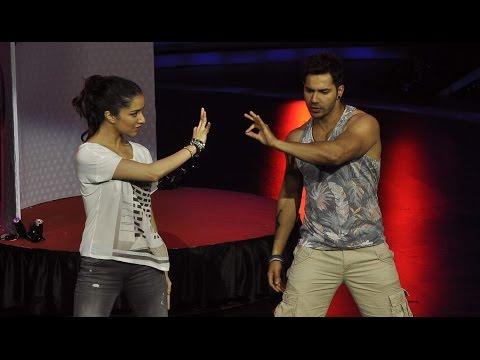 Varun And Shraddha Super Dance Performance!