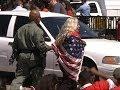 Arrestan a m�s de 100 frente a Casa Blanca