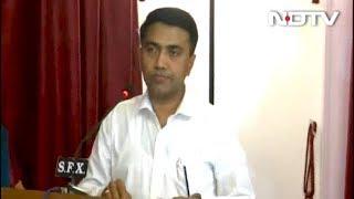 प्रमोद सावंत ने राजभवन में रात 2 बजे आयोजित समारोह में गोवा के मुख्यमंत्री पद की शपथ ली - NDTVINDIA