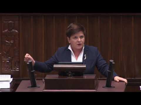 Przemówienie b. premier Beaty Szydło na temat nagród przyznanych członkom rządu.