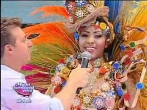 Luana Campos da Rosas de Ouro no Musa do Carnaval SP 2012