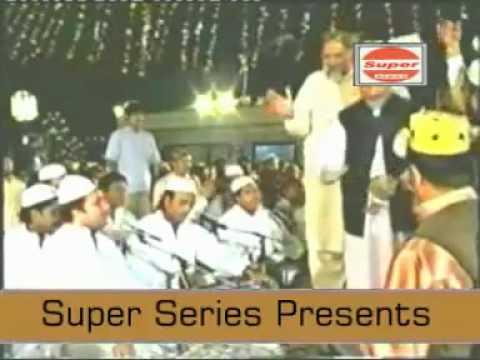 Bekhud Kiye dete hain   - Rahat Fateh Ali khan (Best Live Qawwali) -Vy1lY90bNyg
