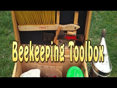 Beekeeper's Bee Yard Toolbox (What I Carry)