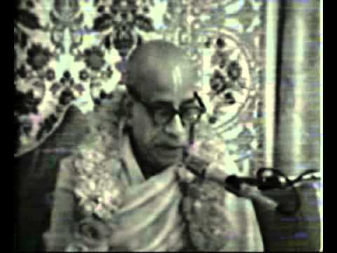 Srila Prabhupada advocates hearing and sharing Hari Katha!