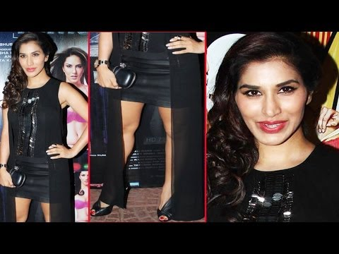 Hot Sophie Choudry Showing Sexy Creamy Legs