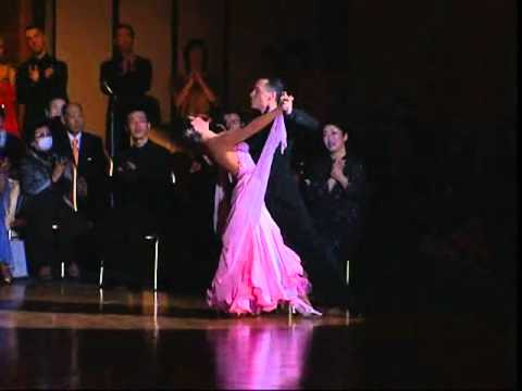 William Pino & Alessandra Bucciarelli Waltz.wmv