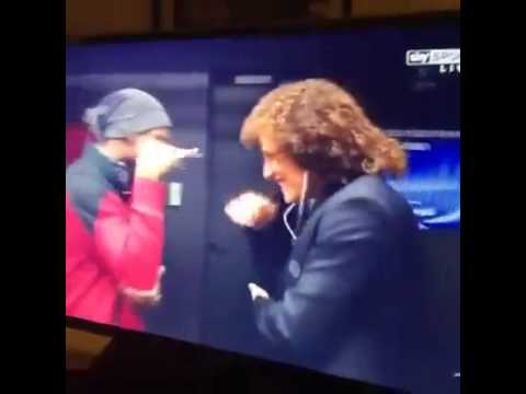 DROGBA metting LUIZ before the match Galatasaray VS Chelsea #EPIC