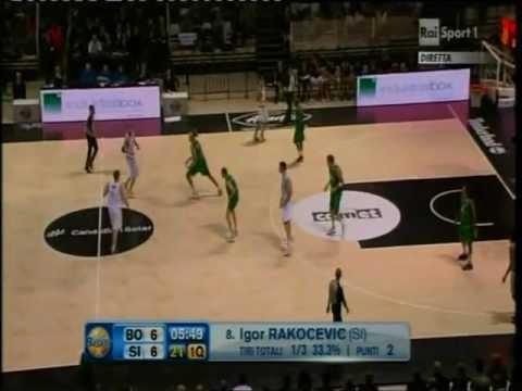 Canadian Solar Bologna vs Montepaschi Siena (Lega Basket A # Giornata 16 # 11/01/12)