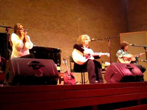 Gretchen Peters live