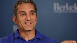 فيديو| باسم يوسف من جامعة كاليفورنيا: