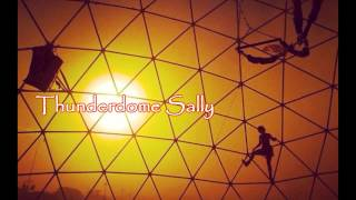 Royalty FreeMetal:Thunderdome Sally
