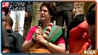 Chowkidar is for the rich, not farmers: Priyanka Gandhi at Damdama ghat - INDIATV