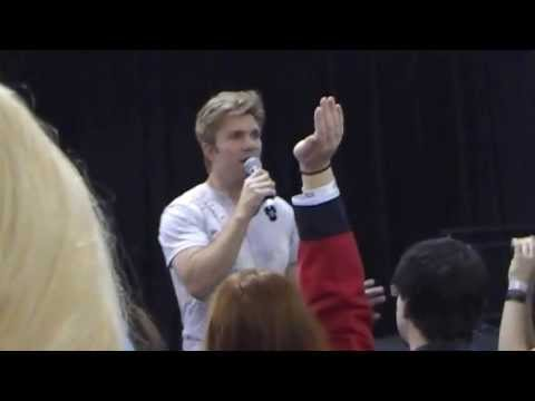 Vic Mignogna Voice Idol Panel Sunday at Supanova 2013 Melbourne