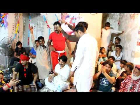 AINEY GOHAR - live performance in Sehwan Sharif 2014 - klam baba no lakh hazari - Click By UMAR JATT
