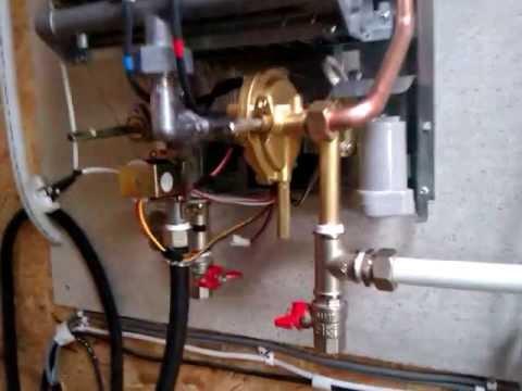 Почему газовая колонка нева не включается