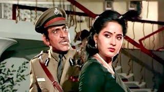 Amrish Puri Slaps Radha In-front Of Everyone | Kondaveeti Donga Drama Scene - LEHRENTELUGU