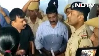 कर्नाटक : टीपू जयंती में नहीं पहुंचे मुख्यमंत्री एचडी कुमारस्वामी - NDTVINDIA