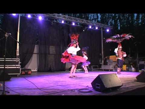 Danza de Bolivia. Suri Sikuri (Alma Andina). Barcelona.