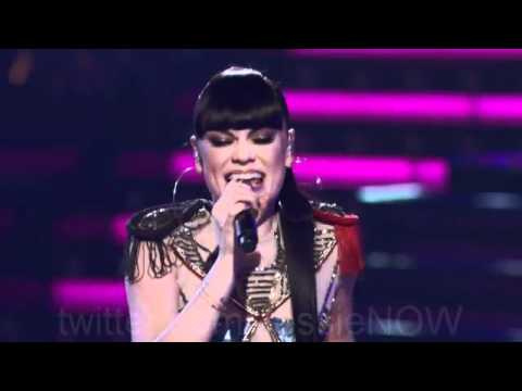 Jessie J & Team Christina perform DOMINO Voice USA