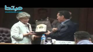 بالفيديو.. تكريم إيرينا بوكوفا فى جامعة الأزهر