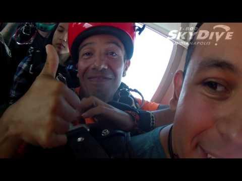 Eduardo Alvarez's Tandem skydive!